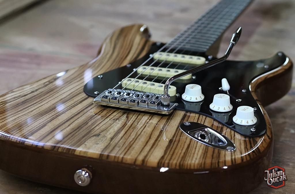 Stratocaster línea Deluxe